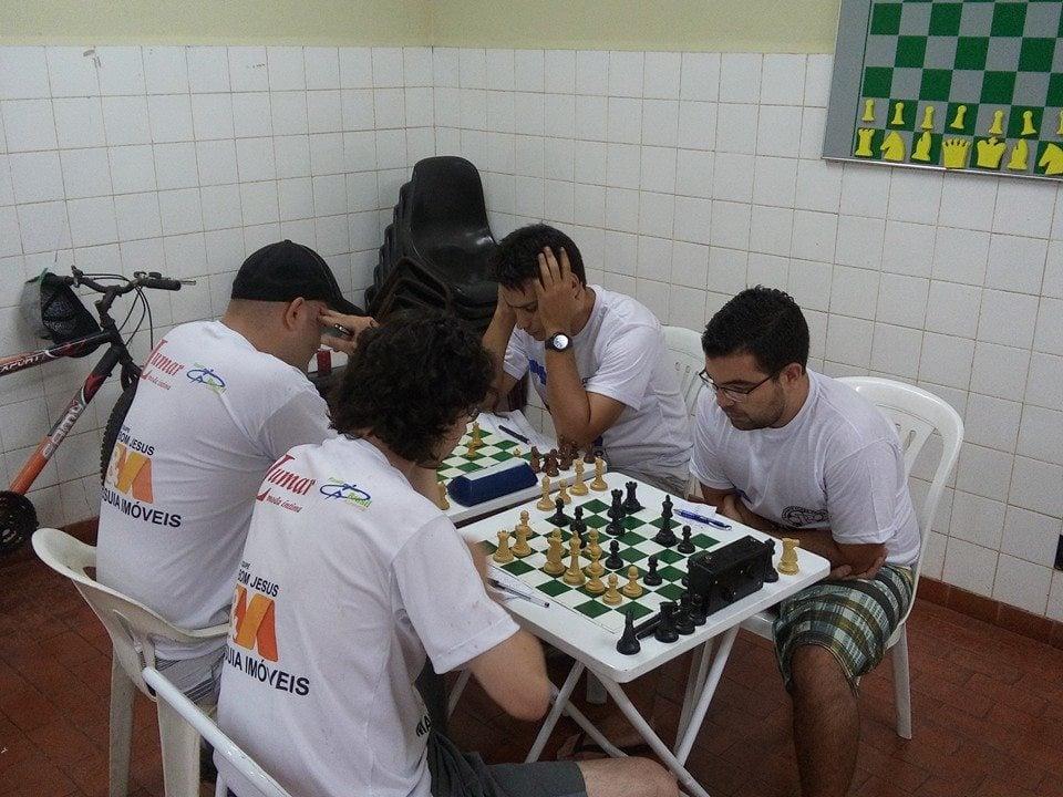 Mogimirianos vencem disputa no xadrez no Guaçu - O Popular Digital