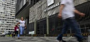 TCU determina que Petrobras mude forma de contratar serviços