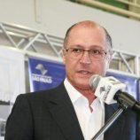Alckmin assina convênio para instalação do Poupatempo