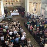 Missa e procissão marcam reabertura da Igreja do Carmo