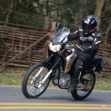 Yamaha XTZ Ténéré 2013 está mais esportiva