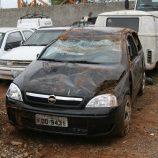 Quadrilha é presa após capotar veículo em fuga na estrada da Cloroetil