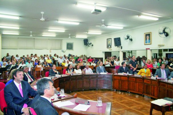 Para oposição, Poder Legislativo foi submisso (Foto: Arquivo)