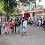 Milhares de pessoas compareceram ao Centro Cultural para senha