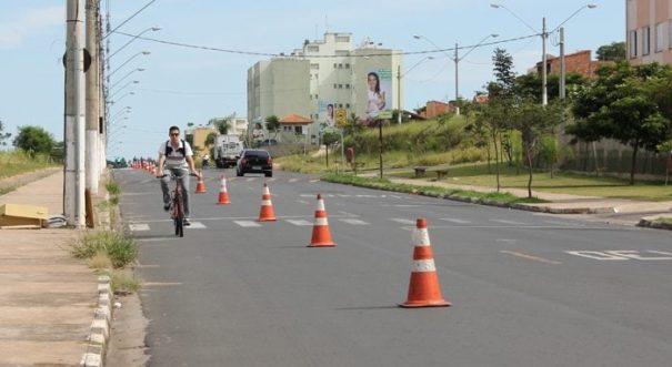 Linda Chaib recebeu a ciclovia móvel no último domingo (Foto: Divulgação)