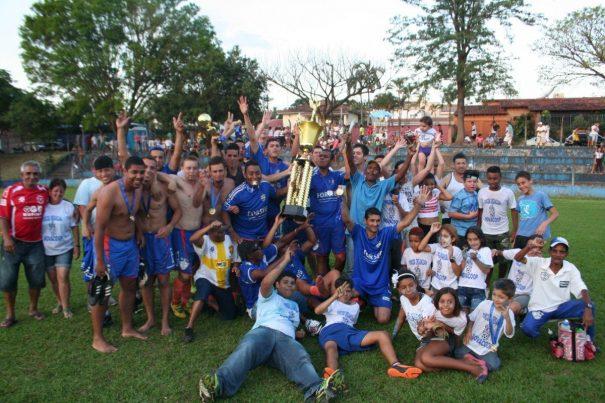 Atual campeão da Primeira Divisão, Novacoop desistiu do Amador (Foto: Arquivo)