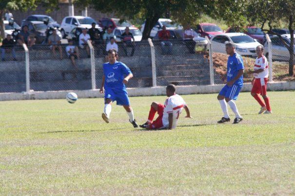 Pedreira, do meia-atacante Leto, derrotou a Vila Dias, em jogo realizado na Santa Cruz. (Foto: Diego Ortiz)