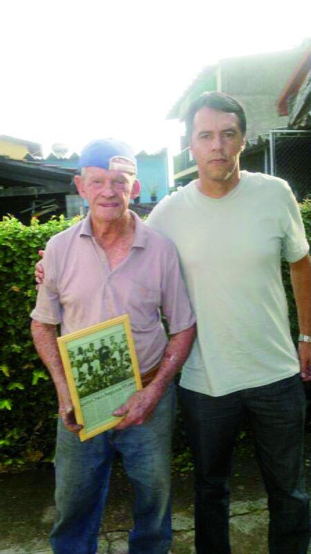 Presidente da Santa Cruz na fundação, Toninho Bianchi ao lado do atual técnico Marquinhos. (Foto: Divulgação)