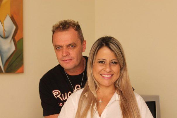 Dadi e Keila vão curtir o jogo do Brasil com moderação para aproveitar o jantar romântico noturno. (Foto: Diego Ortiz)