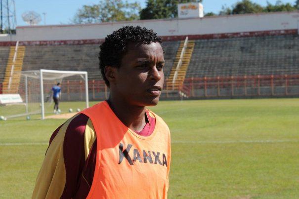 Moisés estava no Boa Esporte e é vinculo ao Corinthians. (Foto: Everton Zaniboni)