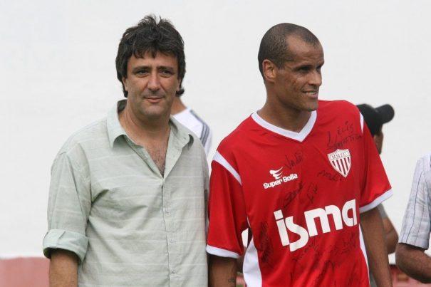Bonetti e Rivaldo em jogo festivo realizado em época em que ainda era o braço-direito do ex-craque. (Foto: Arquivo)