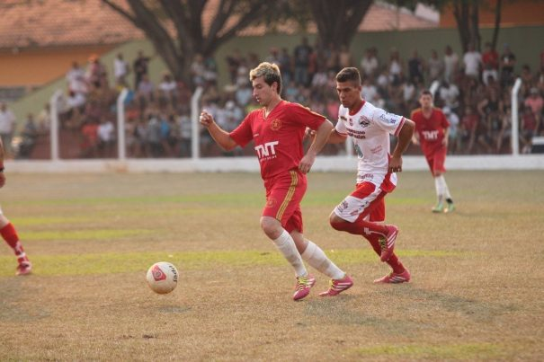 Santa Luzia, de Cesinha, ficou no empate contra a Vila Dias, de Diego Sarará. (Foto: Diego Ortiz)