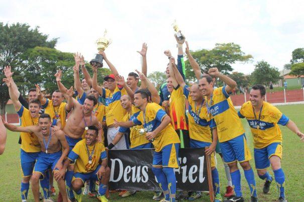 Campeão, artilheiro e goleiro menos vazado: Elite comemora conquista de todos os prêmios da Série B do Campeonato Amador. (Foto: Diego Ortiz)