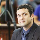 Projeto pretende afixar placas do Disque 180 em repartições públicas