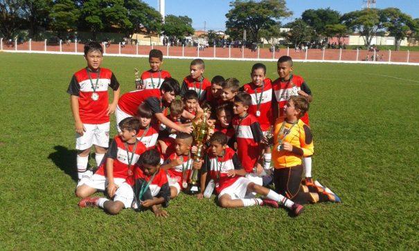 São Paulo ficou com o título das categorias sub-10 e sub-12. (Foto: Divulgação)
