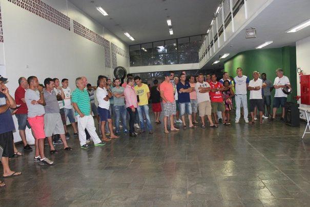 Dirigentes de 52 times participaram da eleição no Centro Cultural. (Foto: Diego Ortiz)