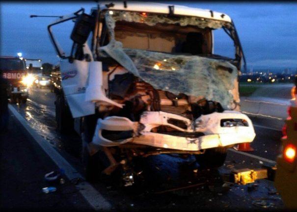 Acidente matou mulher na hora na Rodovia SP-340 (Foto: Divulgação)