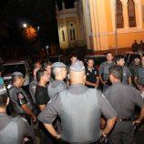 Polícia Militar realiza simulação de roubo a banco na Praça