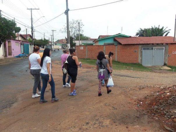No feriado de São José, atividades de prevenção da doença foram mantidas; agentes visitaram residências (Foto: Divulgação)