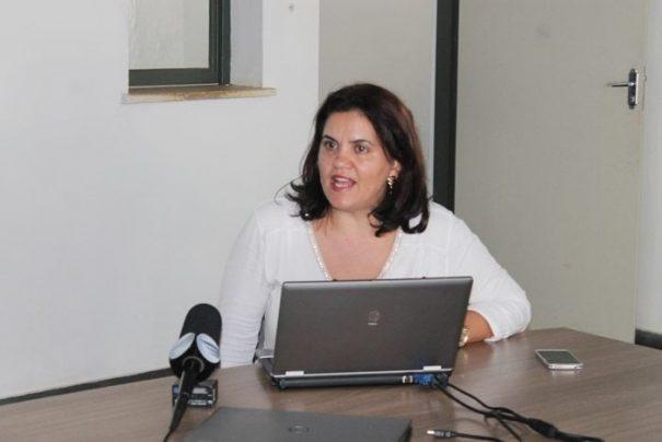 Rubia Mara defendeu a agilidade e eficiência das secretarias (Foto: Everton Zaniboni)