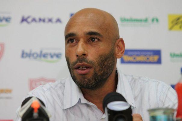 Edinho garantiu estar preparado para o desafio de iniciar a carreira no Mogi Mirim. (Foto: Fernando Surur)