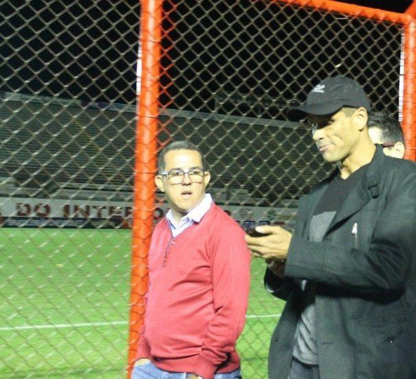 Rivaldo colocou que, se fosse para interferir no time, escalaria o filho e não o genro ou sobrinho. (Foto: Diego Ortiz)