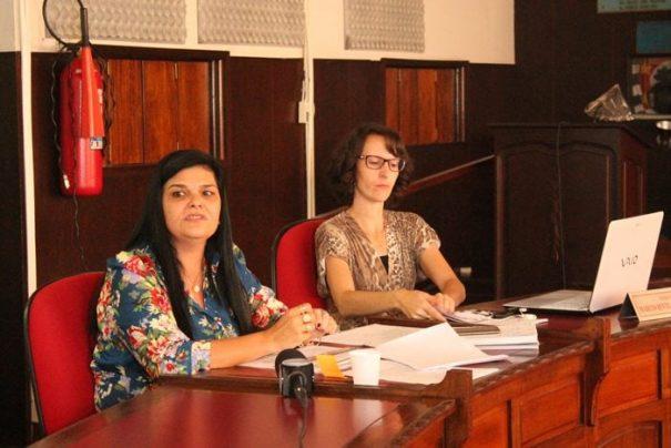 Audiência pública foi conduzida pela secretária de Finanças (à esquerda), Elisanita de Moraes (Foto: Ana Paula Meneghetti)