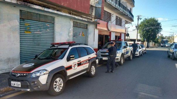 Denúncia anônima levou a Guarda Civil Municipal ao bar da região central. (Foto: Divulgação)