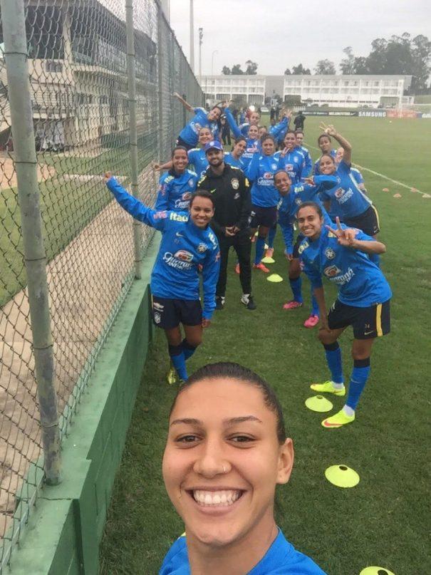 Fabinho comandou as garotas em Itu, onde seleção se preparou. (Arquivo pessoal)