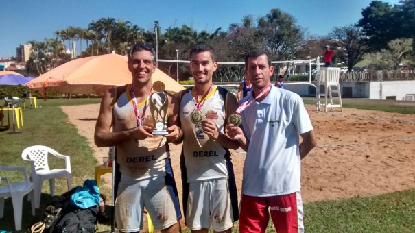 Vôlei de praia de Mogi Mirim conquistou medalha de ouro. (Foto: Divulgação)