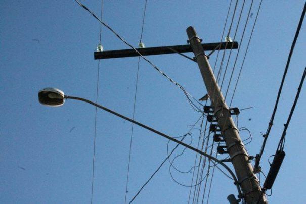Valores gastos com manutenção e troca de lâmpadas devem ser especificada pela Prefeitura (Foto: Ana Paula Meneghetti)