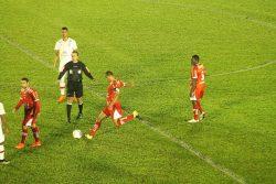 No primeiro turno, Sapo venceu o Náutico na reestreia de Rivaldo pelo Mogi. (Foto: Diego Ortiz)