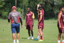 Volante Magal cumpriu suspensão e retorna ao time contra o Atlético-GO. (Foto: Diego Ortiz)