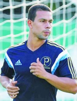 Volante Wendell se notabilizou pela passagem pelo Palmeiras. (Foto: Divulgação/Cesar Greco/Palmeiras)