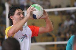 Giba conversou com alunos, respondeu perguntas e bateu bola. (Foto: Diego Ortiz)