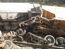 Outros seis vagões tombaram; causas do acidente são apuradas