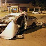 Motorista fica preso às ferragens em acidente de trânsito, na Santa Cruz