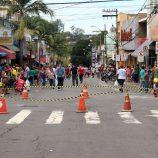 Hoje, véspera do Dia das Mães, Trânsito faz divisa na Rua Conde de Parnaíba