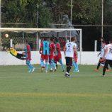 Santa Cruz goleia o América, na Vila Dias, e lidera o Amador 2017