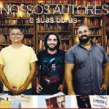 Noite de autógrafos, música e exposição de ilustração