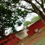 Por atos de vandalismo, piscinas do Tucurão têm parte do muro destruído