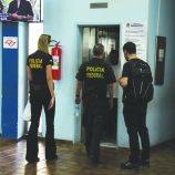 Polícia Federal vai às casas de Walter Caveanha e servidor exonerado de Mogi Mirim
