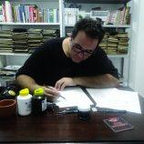 Processos mágicos no esconderijo criativo do multiartista Ricardo Luis Arantes