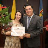 Diretora de O POPULAR, Viviane Bruno é homenageada na Câmara Municipal