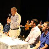 Prefeito Carlos Nelson Bueno assina contrato para reforma do Centro Cultural
