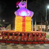Natal iluminado da Acimm enfeita 4 praças públicas e a Avenida 22 de Outubro