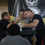 Torneio de Luta de Braço reuniu mais de 100 pessoas na Vila