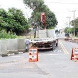 Obras emergenciais para reparar danos das chuvas na cidade são iniciadas