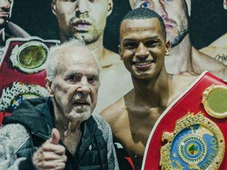 O mogimiriano Magrelo faturou o cinturão de campeão brasileiro de boxe