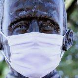 Em Mogi Mirim, até estátuas estão de máscaras para a campanha do uso do item